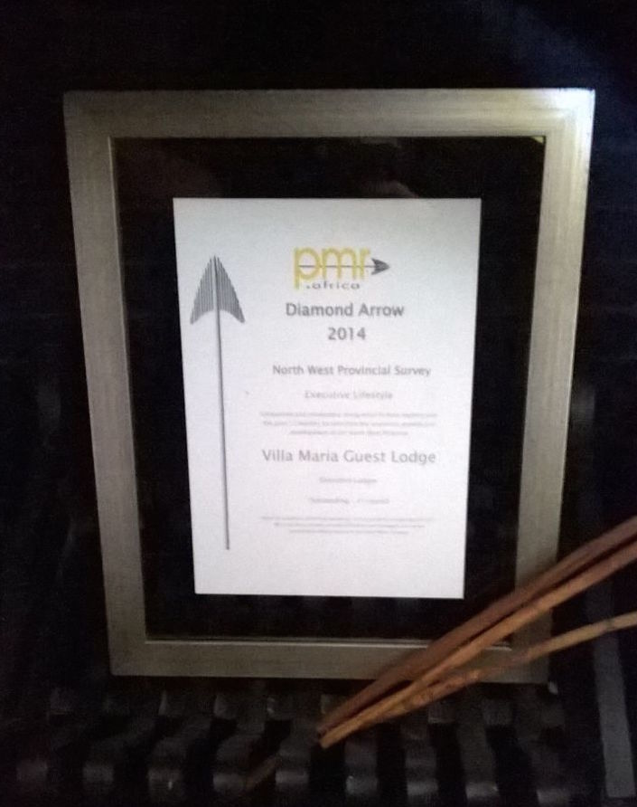 PMR Africa Diamond Arrow award for the 1st overall Best Executive Lodge